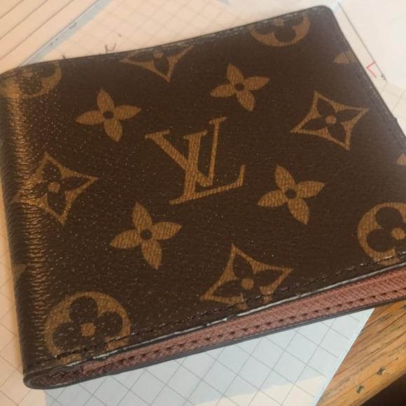 2a127c52056 Louis Vuitton Multiple Wallet Monogram